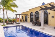 Villa For Sale Centenario La Paz